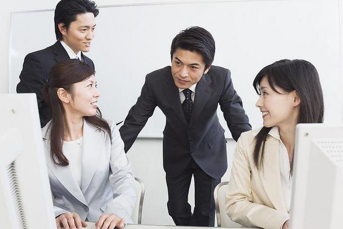 引流高手分享微商加人方法:让精准客户主动加你好友的方法技巧